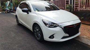 2015 Mazda 2 GT 1.5 - Mobil Pilihan (s-0)