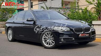 2015 BMW 5 Series F 10 528 - Istimewa Siap Pakai