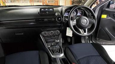 2014 Mazda 2 1.5 R - Istimewa Siap Pakai (s-6)