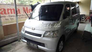 2016 Daihatsu Gran Max D - Mobil Pilihan