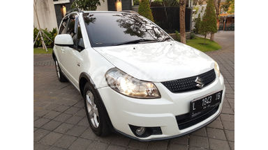 2011 Suzuki Sx4 x over - Dijual Cepat
