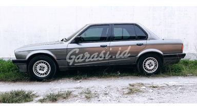 1991 BMW 3 Series E30 318 i - Barang Antik Barang Cakep Mulus Terawat Harga Bisa Digoyang