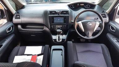 2015 Nissan Serena HWS - Mobil Pilihan (s-4)