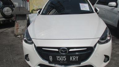 2015 Mazda 2 AT - Siap Pakai Mulus Banget