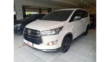 2018 Toyota Kijang Innova Venturer at - Antik