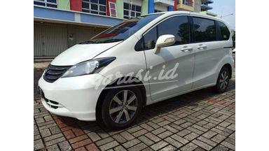 2011 Honda Freed PSD - SIAP PAKAI !