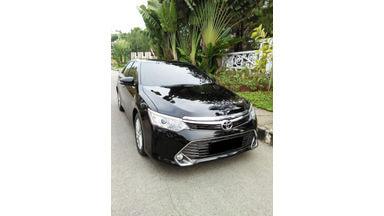2016 Toyota Camry 2.5 V - Mobil Pilihan