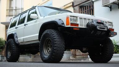 1997 Jeep Cherokee Cherokee - bekas berkualitas
