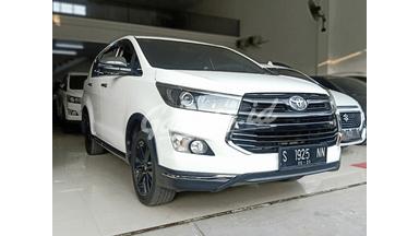 2018 Toyota Kijang Innova Venturer 2.4 - Siap Pakai