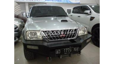 2004 Mitsubishi Strada 2.5 - Good Condition