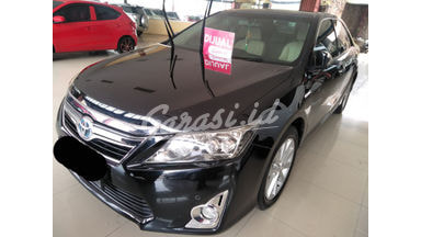 2013 Toyota Camry Hybrid 2.5 - SIAP PAKAI !