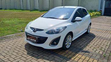 2013 Mazda 2 R - Favorit Dan Istimewa