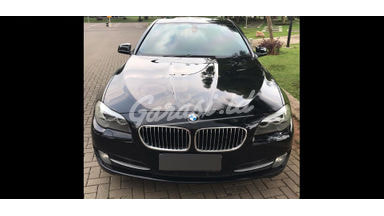 2012 BMW 5 Series 528i Luxury