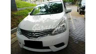 2017 Nissan Grand Livina SV - Mobil Pilihan
