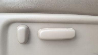 2013 Toyota Fortuner 2.7 V 4x4 Bensin AT Fullspec - Favorit Dan Istimewa (s-8)