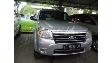 2010 Ford New Everest 2.5 L at - Nyaman Terawat