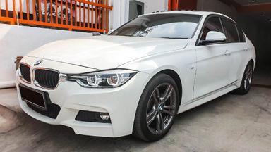 2015 BMW 3 Series 330i CKD - Mobil Pilihan