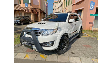 2014 Toyota Fortuner VNT