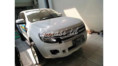 2014 Ford Ranger XLS - SIAP PAKAI!