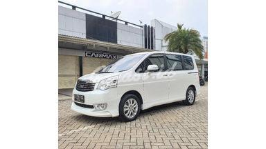 2015 Toyota Nav1 V Luxury Limited