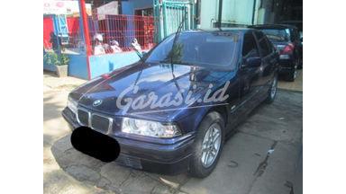 1996 BMW 318i mt - SIAP PAKAI!