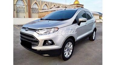 2015 Ford Ecosport Titanium - Mobil Pilihan