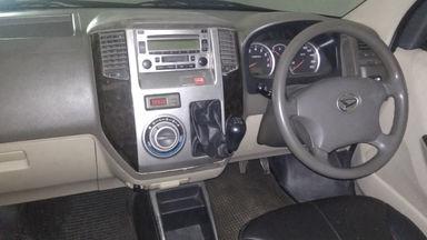 2012 Daihatsu Luxio X - Barang Istimewa (s-2)