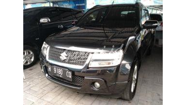 2009 Suzuki Grand Vitara mt - Terawat Mulus