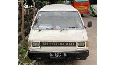 1990 Mitsubishi L300 colt DX