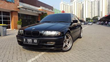 2001 BMW 3 Series 318i E 46 - Pajak Panjang Jok Kulit Velg R18