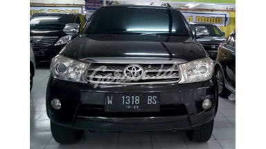 2011 Toyota Fortuner G dsl - Like New Pajak Baru