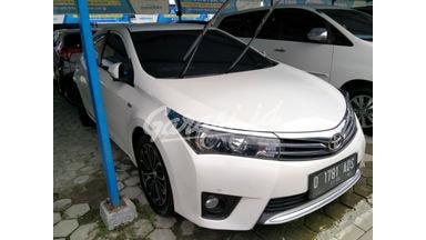 2015 Toyota Corolla Altis V - KONDISI MULUS