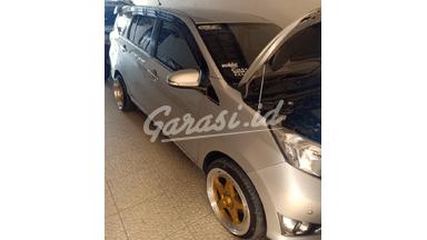 2016 Daihatsu Sigra R deluxe - Full fariasi