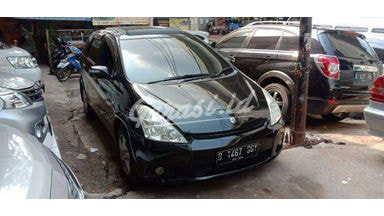 2004 Toyota Wish at - Siap Pakai