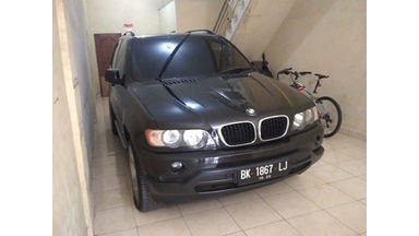 2002 BMW X5 SUV - Terawat Mulus