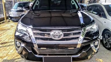 2018 Toyota Fortuner VRZ - Mobil Pilihan (s-1)