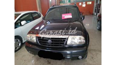 2001 Suzuki Escudo 2.0 - Siap Pakai