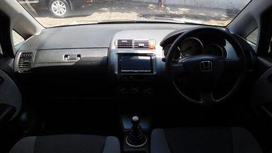 2006 Honda Jazz IDSI 1.5 MT - Bekas Berkualitas (s-12)