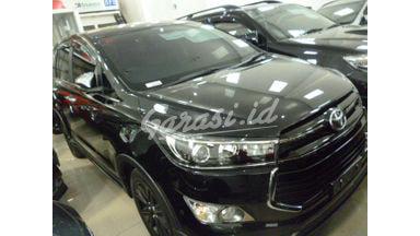 2017 Toyota Kijang Innova Venturer REBORN - Mulus Siap Pakai