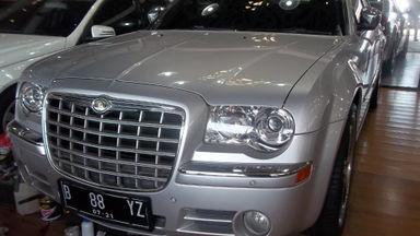 2011 Chrysler 300 C - Unit Istimewa