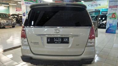 2011 Toyota Kijang Innova E+ - Barang Bagus Siap Pakai (s-8)