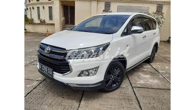 2017 Toyota Kijang Innova Venturer VENTURER - Bekas Berkualitas