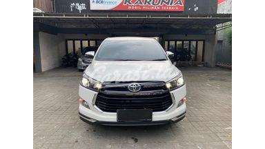 2020 Toyota Kijang Innova Venturer Venturer