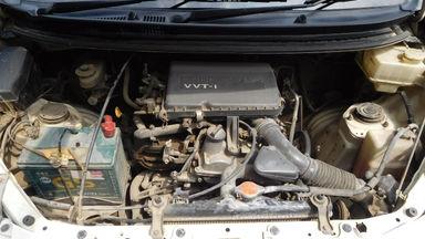 2012 Daihatsu Xenia R DELUXE 1.3 - Warna Favorit, Harga Terjangkau (s-4)