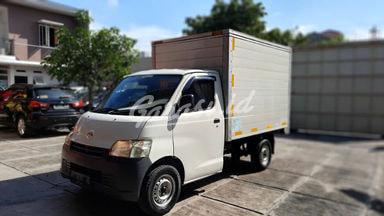 2012 Daihatsu Gran Max box