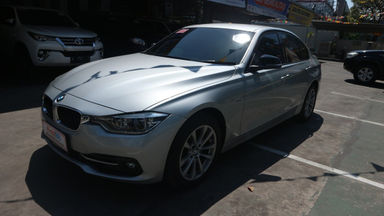 2016 BMW 3 Series 320I - Tdp Ringan (s-1)