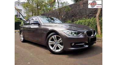 2014 BMW 3 Series - Istimewa Siap Pakai