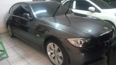 2005 BMW 3 Series 320i - Istimewa Siap Pakai