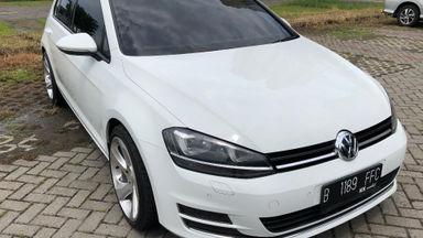 2013 Volkswagen Golf MK 7 CBU Automatic - Sangat Terawat dan Bagus Pasti Puas (s-1)