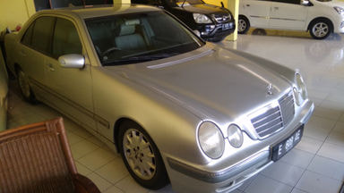 2002 Mercedes Benz Slk E 260 - Terawat Siap Pakai